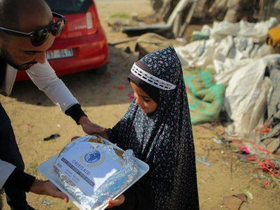 1000 Hot meals for gaza