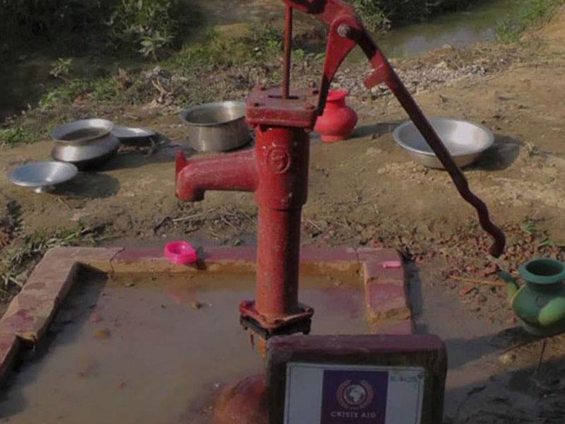 Rohingya-Refugee-Water-Pump
